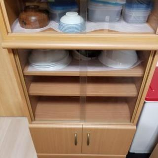 2段に分かれる❗食器棚