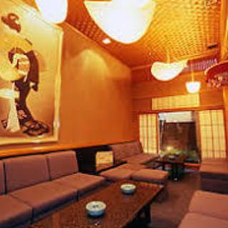 ☆祇園の老舗 お茶屋バーで一緒に働きませんか☆