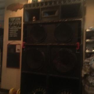 サウンドシステムで reggae で揺れよう!