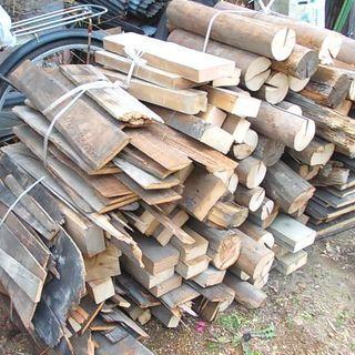 木材 薪ストーブに (別途手間賃でお届けも)