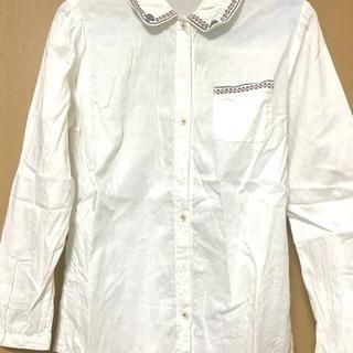 春にぴったり!刺繍入り丸襟シャツ Lサイズ
