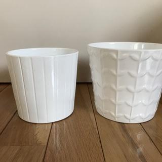 IKEAの白い植木鉢カバー 2個セット