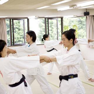 静岡市で気のトレーニング(気功の大元と言われる気の導引術等) が学べる道家道学院【TAO ACADEMY】 - 静岡市