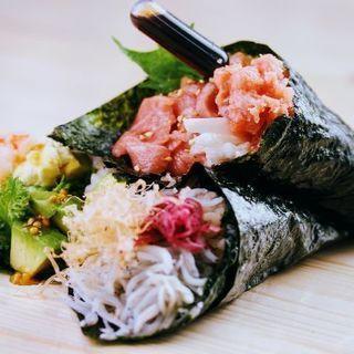 食べ歩き手巻き寿司  まきたて屋