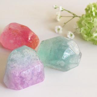 好きな香りと色で作る宝石石鹸