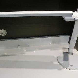 Panasonic LEDデスクライト SQ-LD520 2014...
