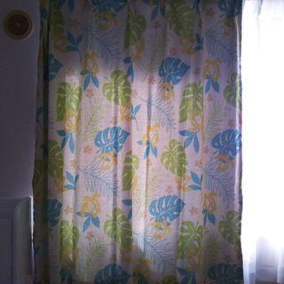 短めカーテン