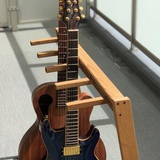 木製ギタースタンド,アコギなら4本置けます