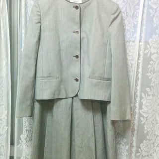 グレー系千鳥柄のスーツ 9号 (値下げ)