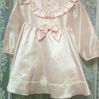 新品同様✨可愛いピンクのリボン付きドレス(内側にパニエ付き)100㎝