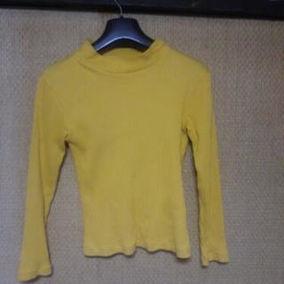 黄色リブ長袖