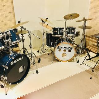 久留米市でドラム教室をお探しならここ!月1回2600円〜自由に選...