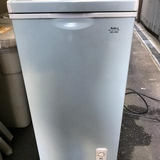 電気冷凍庫