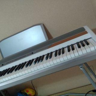 電子ピアノ 取りに来てくださる方に差し上げます