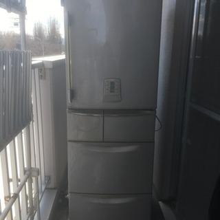 ジャンク品、冷蔵庫。無料。