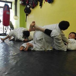 ソニック子供ブラジリアン柔術・キックボクシング教室