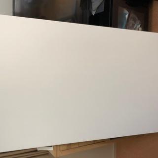 IKEA バーテーブル BILLSTA を無料で差し上げます