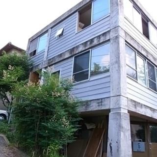 六本松駅10分!福岡の福岡市中央区のシェアハウスの一室です。一宇邨...