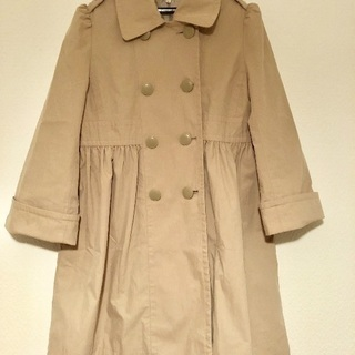 ベージュのコート