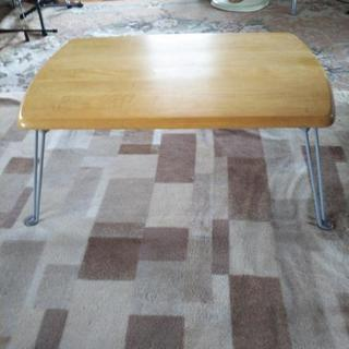 ニトリ脚折り畳み式テーブル