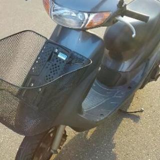 スズキ原付きバイク。不動車。