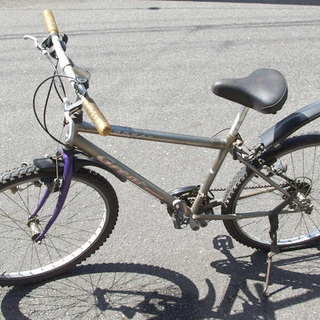 無料 自転車 マウンテンバイク 26インチ シルバー