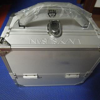 再再再値下げ品 LAZY SUSANのアルミ製コスメBOX