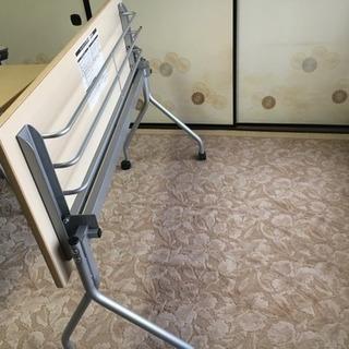 トーカイスクリーン 折りたたみデスク 2人用 - 家具