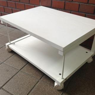 【未使用品】小さめのローテーブル  TV台  キャスター付き