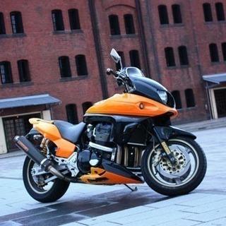 大型バイク「HONDA X4 V-PER 」1300cc 、世界...