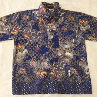 バティック柄キッズシャツ サイズ4(約120cm)