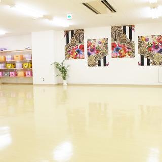 【牛久駅前】鏡6m、ダンスやヨガに!エレベーターありの高級感ある...