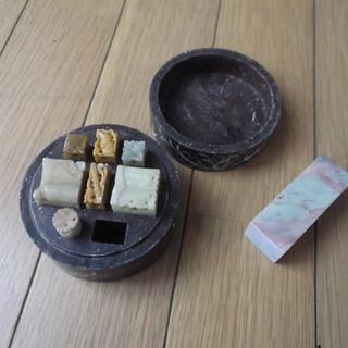 (交渉中)石の印鑑材です
