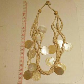 貝殻ネックレス