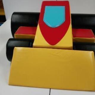 クッション遊具パズルレーシングカー