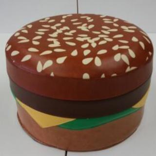 クッション遊具ハンバーガー