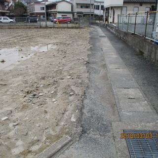 福岡駐車場工事、コンクリート仕上げ、防草工事、格安。