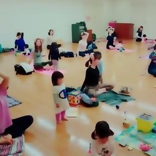 子連れヨガクラス(同室見守り保育あり)
