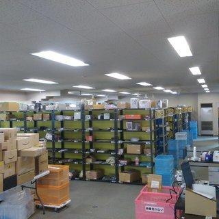 倉庫内軽作業 時給950円 女性活躍中の現場です