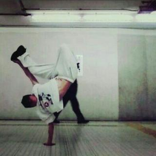 ダンス教室(ブレイクダンスを怪我なく安全に… )