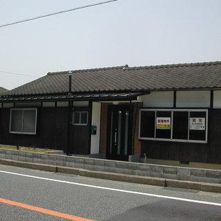 ロードサイドの庭付き賃貸住宅◆月5万円◆