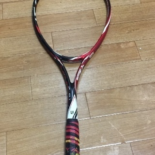 軟式テニスのラケット