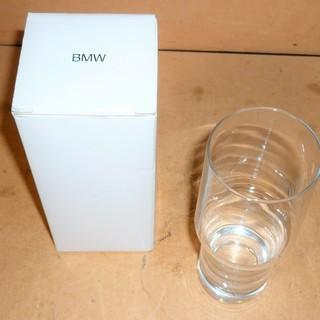 BMW シンプルで機能的なグラス 手にフィットするデザイン…