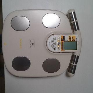 オムロン 体脂肪計測可能な体重計 譲りますの画像