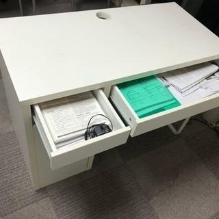 使用約3年!IKEAのパソコンデスク&オフィスチェア − 東京都