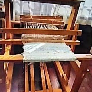 中原工芸製機織機