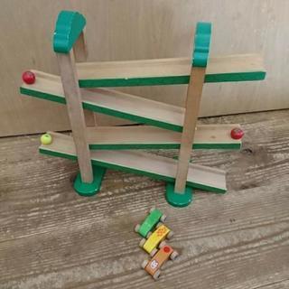 知育木製玩具