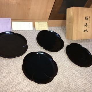 【新品 未使用】漆器のアソベ 福梅皿(4枚組・黒色・木箱付)