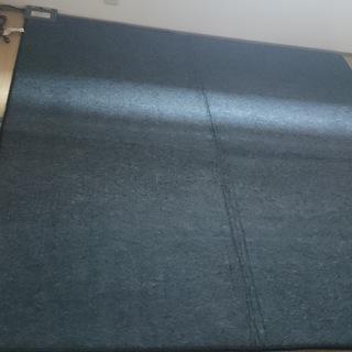電気カーペット(2畳)を差し上げます。