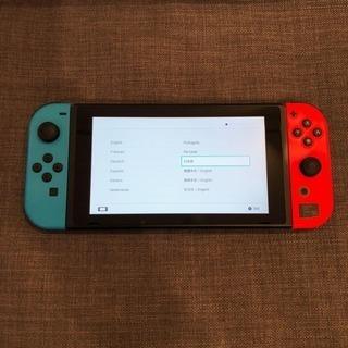 ほぼ新品!Nintendo Switch、オリジナルケース、mic...